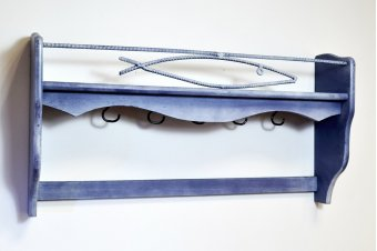Porte casseroles bleu patine en bois